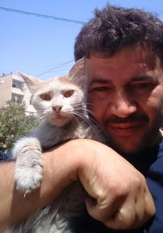 aleppo-cat-man-02