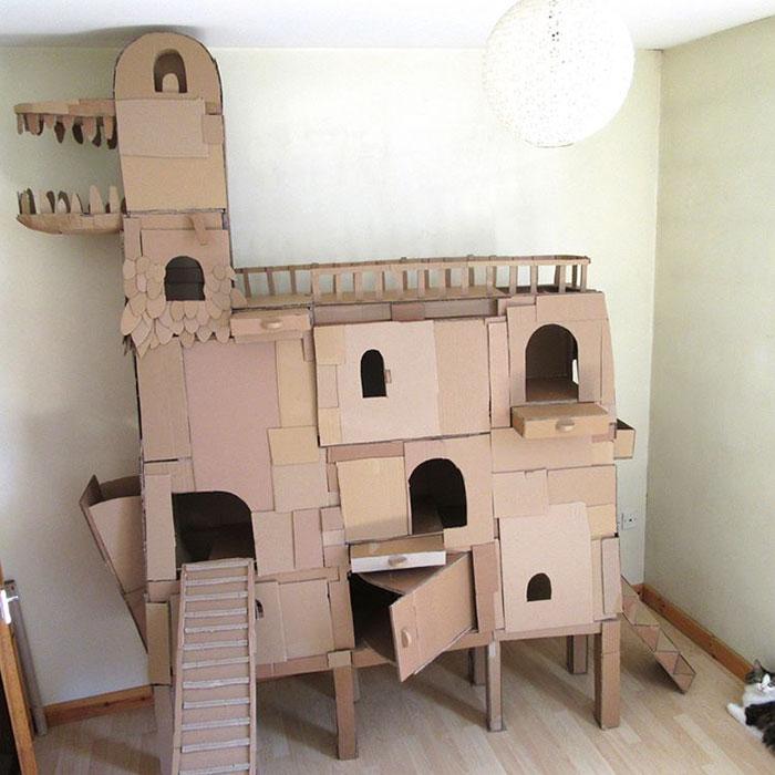 cardboard-ark-structure-cat-2