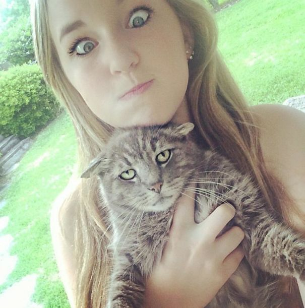 cats-dont-like-selfies-5